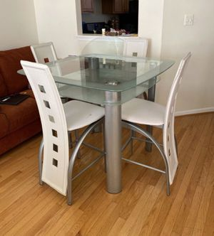 Dinning table for Sale in Herndon, VA