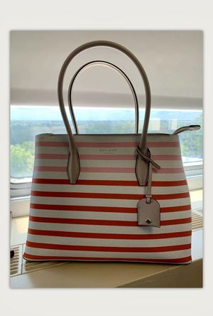 Kate Spade Shoulder Bag for Sale in Linthicum Heights, MD