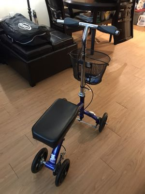Knee scooter for Sale in Chelsea, MA