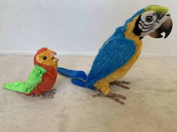Hasbro FurReal Friends talking macaw