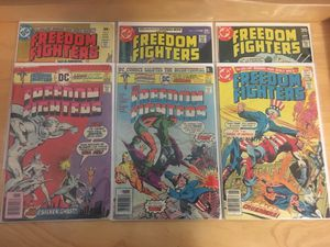 6 DC Freedom Fighters Comic Books #'s 2, 3,8,9,10,12 for Sale in El Monte, CA