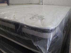 Quality queen mattress and box spring for Sale in Boca Raton, FL