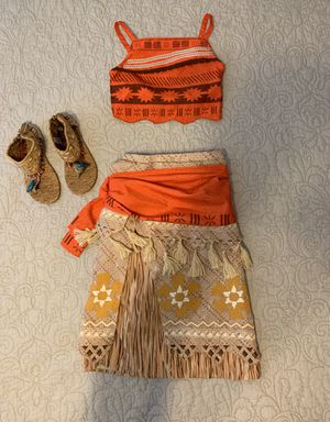 Little girls size 5/6 Moana Costume for Sale in Buckley, WA
