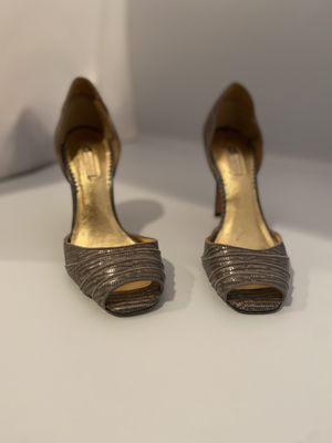 Cute Grey Heels for Sale in Mission Viejo, CA