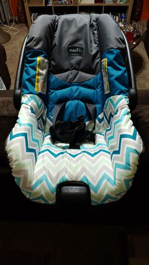Evenflow infant car seat for Sale in Summit Hill, PA