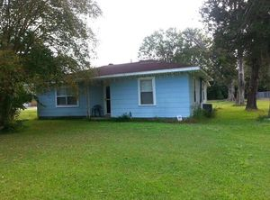Fully Furnished 2BR 1B Home on Acre of Land For Sale for Sale in Mansura, LA