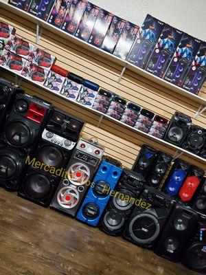 Bocina Bluetooth Speaker Nuevas De todos Los Tamaños Microfono 🎤🔋🔊🎶🎉 Lista para Fiestas o Eventos for Sale in Los Angeles, CA