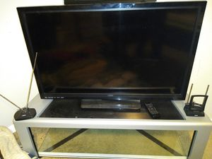 Big TV n stand for Sale in Oak Lawn, IL