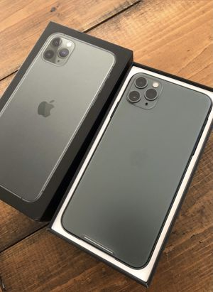 AT & T only!!! iPhone 11 Pro Max brand new. 256 GB. ( phone is not unlocked only can be used with AT & T for Sale in Moreno Valley, CA