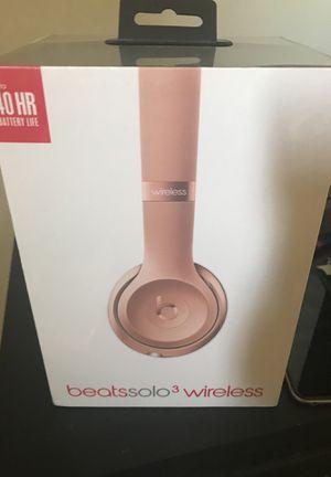 Beats solo 3 wireless for Sale in Opa-locka, FL