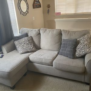 Free Queen Sofa Bed for Sale in Orange City, FL