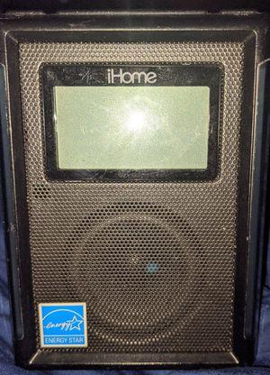 IHome alarm clock/ radio and dock for Sale in Baton Rouge, LA