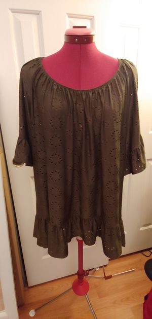 Green flowy eyelet blouse for Sale in Avondale, AZ