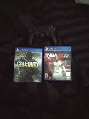 PS4 controller, 2 games. for Sale in MINEHAHA SPGS, WV