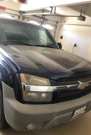 Chevy avalanche for Sale in Selma, CA
