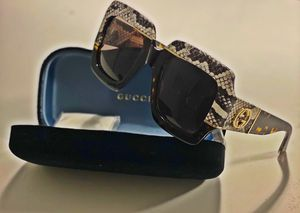 100% Authentic Gucci oversized leather square-frame sunglasses for Sale in San Diego, CA