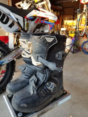 Fly racing size 2 kids dirt bike boots for Sale in San Ramon, CA