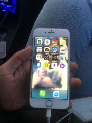 iPhone 8 64gb for Sale in Chesapeake, VA