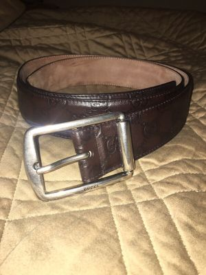 LIKE NEW Gucci leather belt! for Sale in Austin, TX