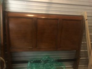 Bedroom set 7 pieces wood for Sale in The Bronx, NY