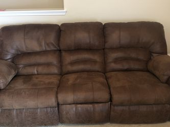 Couch for Sale in Baytown,  TX