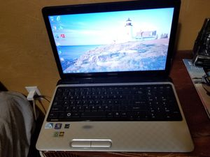 "Toshiba Satellite L755 - 15.6"" Laptop - Intel @ 2.0GHz 4GB 500GB HDD Windows 7 for Sale in Miami, FL"
