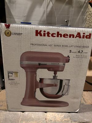 Kitchenaid Professional Lift Bowl Stand mixer for Sale in Las Vegas, NV