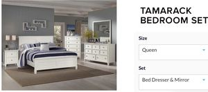 Bedroom set 4 Pcs for Sale in Boston, MA