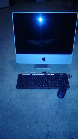 APPLE COMPUTER & KEYBOARD & MOUSE for Sale in Washington, PA