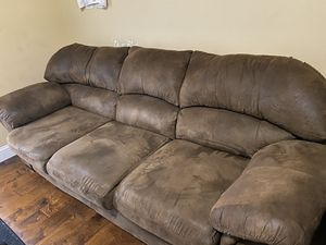 Couch. Comes with coffee table & 2 side tables for Sale in Richmond, KY