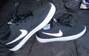 Nike Shoes-size-7 {brand new} for Sale in Marysville, WA