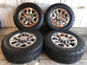 "18"" Chevy Silverado 2500 Wheels Rims Tires 265/65/18 for Sale in Santa Ana, CA"