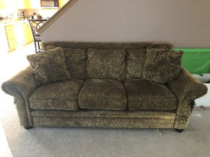 Couch set and dining room with chairs for Sale in Eatonville, WA