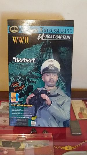 NIB 2001 Dragon modeks. German Kriegsmarine U Boat Captain. Mint for Sale in Dade City, FL