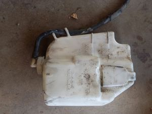 2006 - 2011 Honda civic hybrid windshield washer and coolant reservoir for Sale in Moreno Valley, CA
