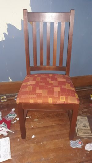 6 chairs & table for Sale in Independence, MO