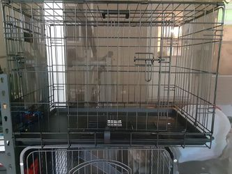 Medium Dog Crate for Sale in Belleview,  FL