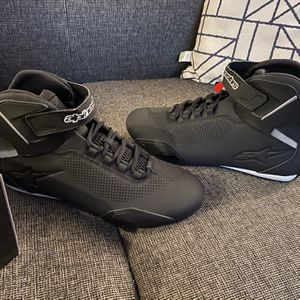 Alpinestars Sektor Vented Shoes BRAND NEW for Sale in Fontana, CA