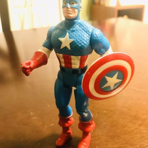 Vintage 1990 Toybiz Marvel Super Heroes Captain America for Sale in Pawtucket, RI