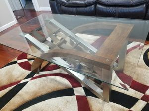 Coffee table and end table for Sale in Tarpon Springs, FL
