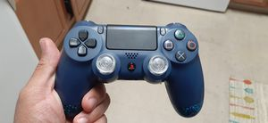 Elite ps4 controller like new fresh install for Sale in Ellicott City, MD