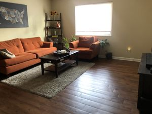 Burnt orange couch set MOVING NEED GONE!! $350 for everything or best offer for Sale in Columbus, OH