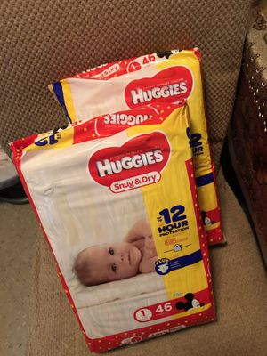Mickey Mouse Huggies pampers size 1 for Sale in New York, NY