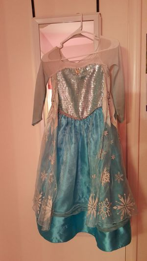 Elsa. dress. zize. 9/10 for Sale in North Las Vegas, NV