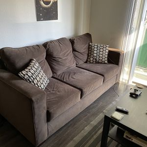 Couch/Sofa (1 year old) Brown, Pillows Included for Sale in Los Angeles, CA