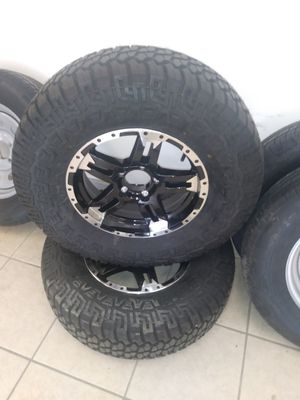 Trailer tire and rim 235/85R15 for Sale in Bartow, FL