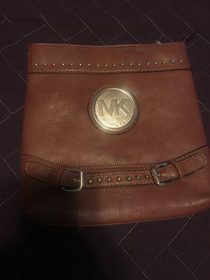 Michael Kors MK bag 💼 purse habla espanol for Sale in Raleigh, NC