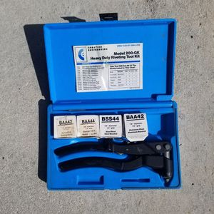 Heavy Duty Riveting Tool Kit for Sale in Fort Lauderdale, FL