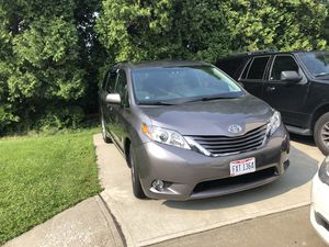2015 Toyota Sienna for Sale in Orange, OH