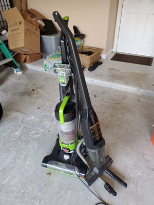 2 working vacuums for Sale in West Palm Beach, FL